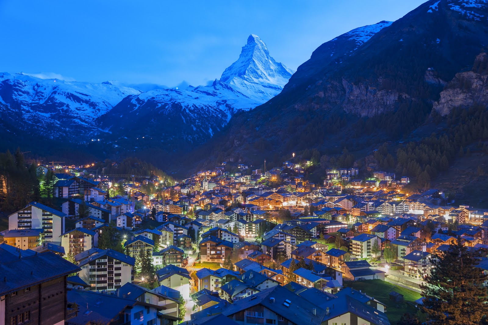 Why a Summer Holiday in the Swiss Alps is Ingenious