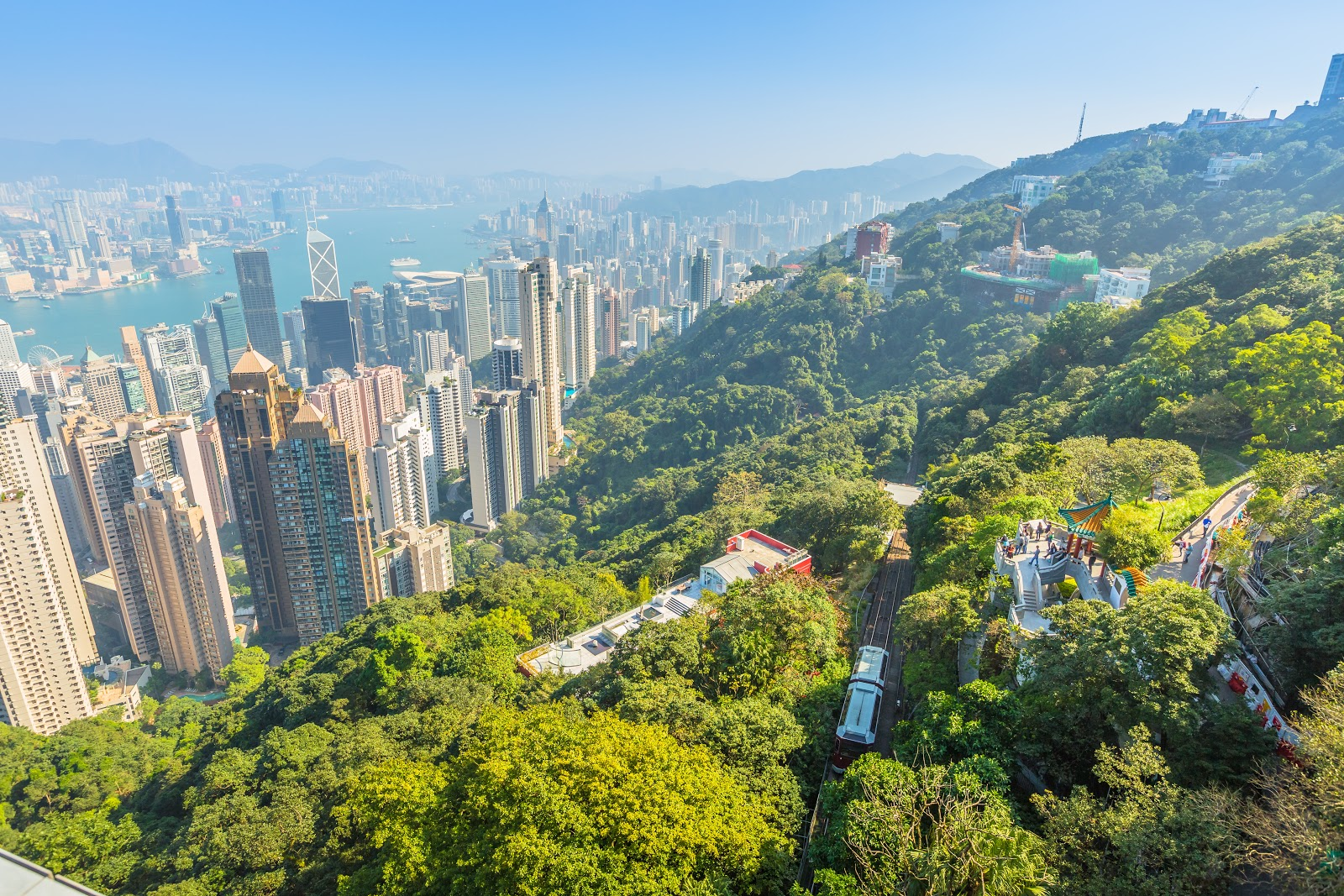 Explore: Top 3 Hiking Trails in Hong Kong